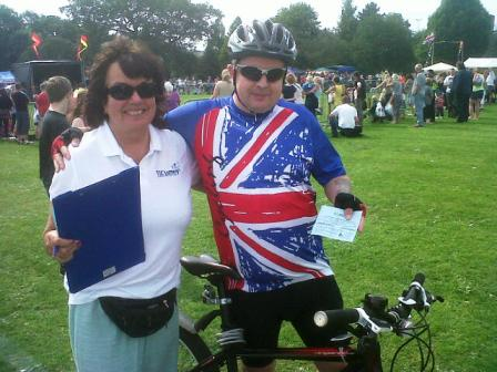 anne bebb with a team gb cyclist fan at northfield carnival aug 2012